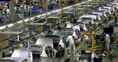 Produção de veículos cresce 40% e setor volta a contratar