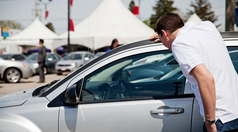 Comprar um carro na locadora, vale a pena?