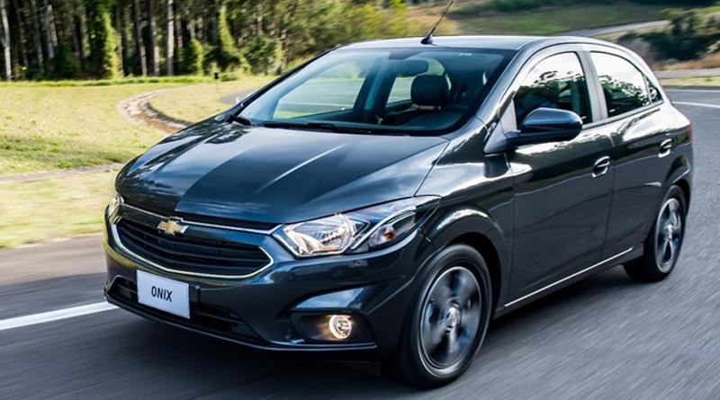 Carros 'populares' perdem espaço para modelos de maior valor agregado