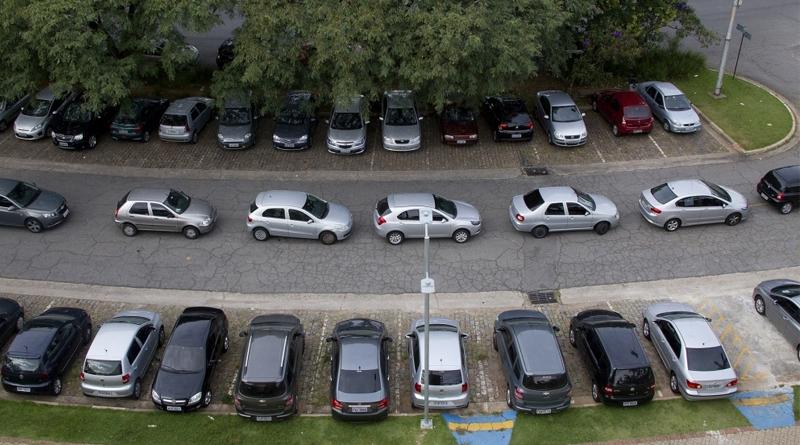 Locação de veículos é alternativa para seguradoras e motoristas de aplicativos
