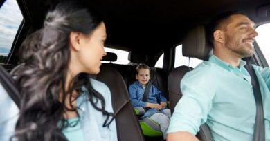 Cadeirinha não é obrigatória em Uber, táxis e carros de aluguel