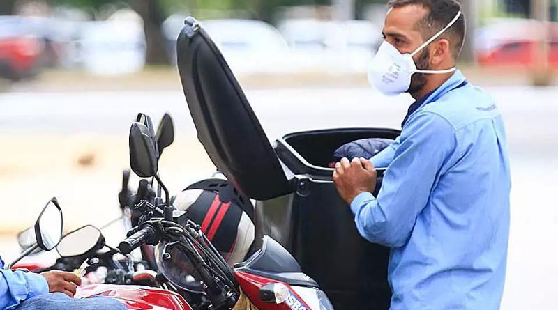 Coronavírus: demanda por delivery explode e motoboys faturam alto