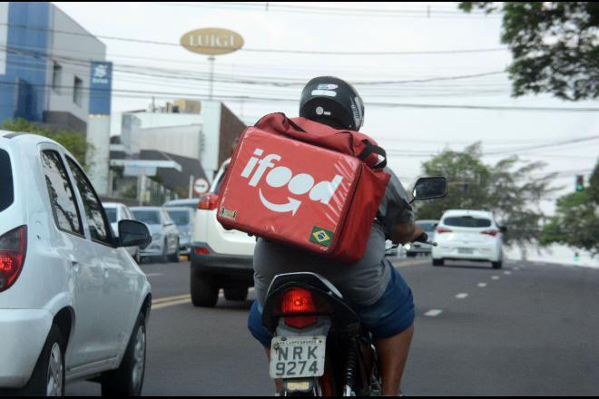 Com aumento da demanda, 30% dos motoristas de aplicativo trocam carros por motos Foto: Álvaro Rezende/Correio do Estado