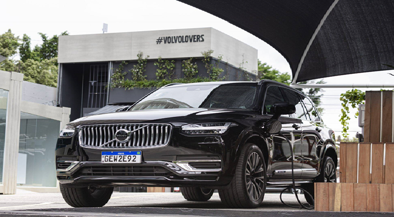 Volvo empresta híbridos para qualquer um e de graça
