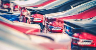 Com os emplacamentos feitos no primeiro quadrimestre, a frota total das empresas de locação terminou o mês de abril com um milhão e quatro mil veículos, ante um milhão e sete mil no final do ano passado.