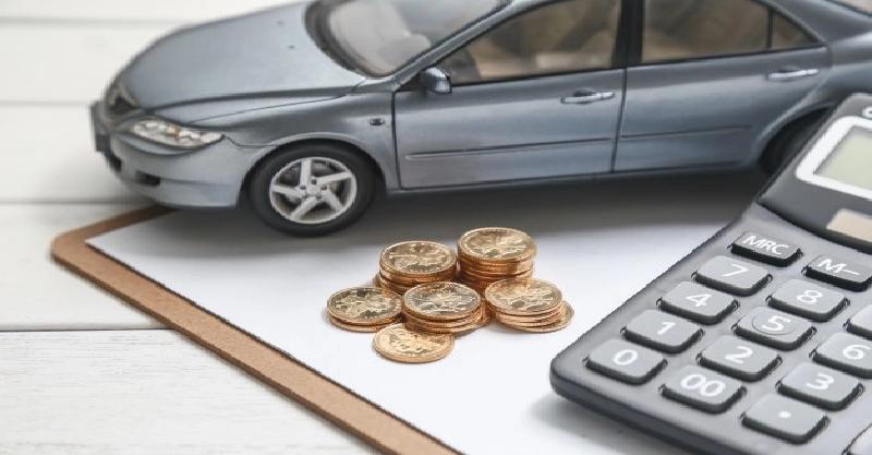 O boom dos usados. Enquanto a indústria automotiva pena com a alta do dólar e com a falta de componentes, o mercado de carros seminovos explode no Brasil.