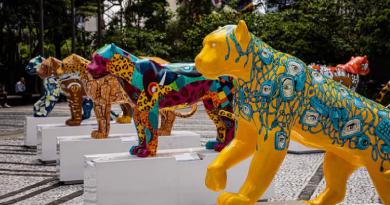 Jaguar Parade, maior mostra a céu aberto do Brasil, ocorre até dezembro. Unidas coloca esculturas de onças-pintadas nas ruas de BH para conscientização...