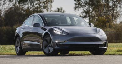 Carros de luxo por assinatura têm mensalidades de R$ 20 mil. No primeiro trimestre de 2021, o Tesla Model 3 chegou ao Brasil por meio de assinatura.Mas...